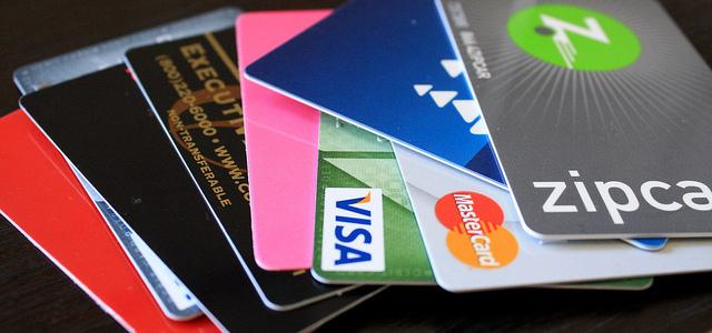 海外旅行に行く人のためのクレジットカード情報まとめ